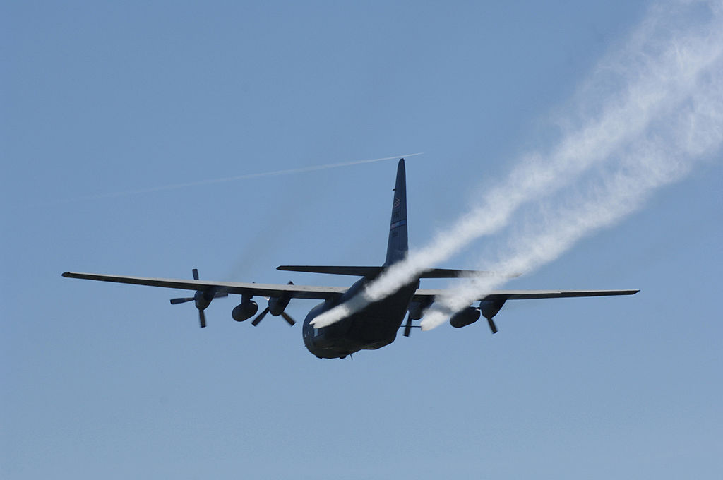 C-130s_continue_spray_missions_over_Louisana