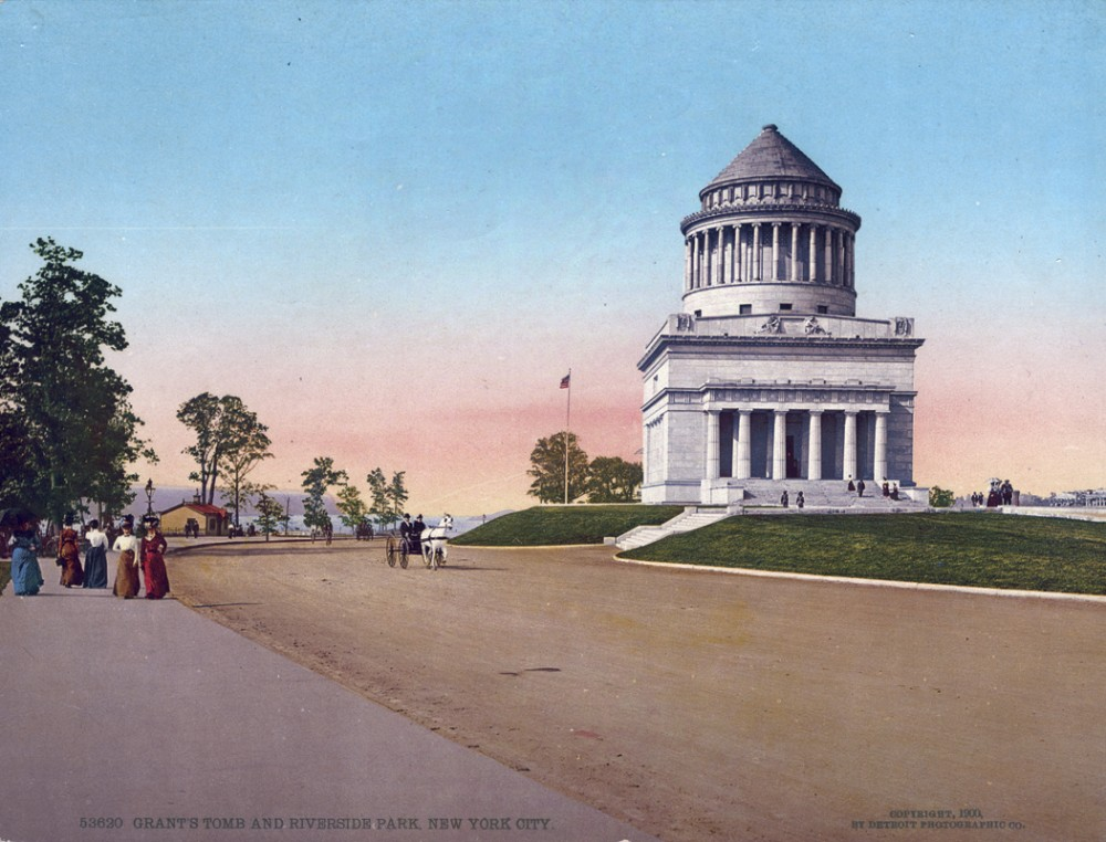 Grant's Tomb and Riverside Park, New York. New York - Year 1900