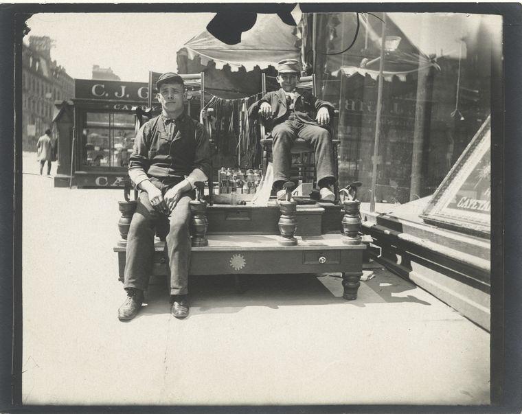 Bootblacks. (1896)