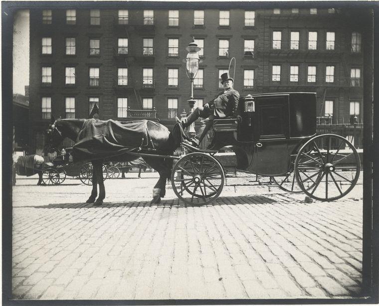 Hansom cab. (1896) 2