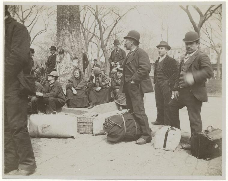Immigrants. (1896) 3