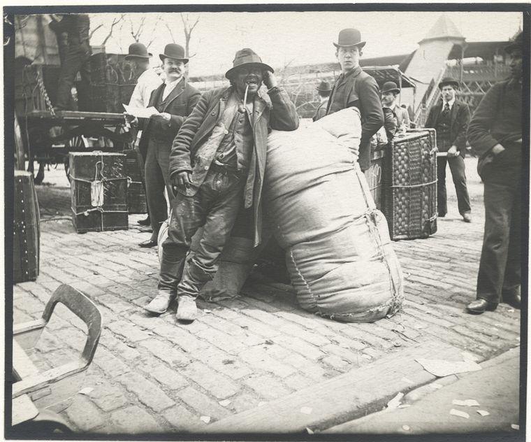 Immigrants. (1896)
