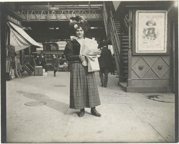 Newsgirl. (1896)