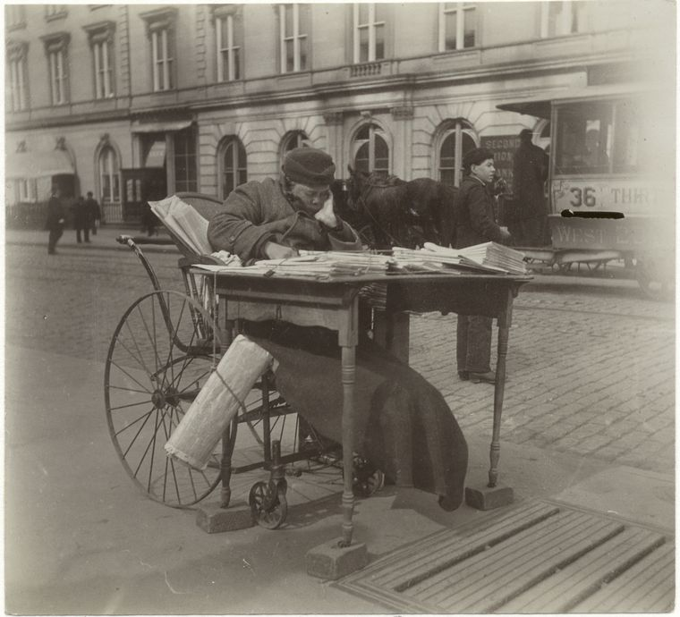 Newspaper woman. (1896)