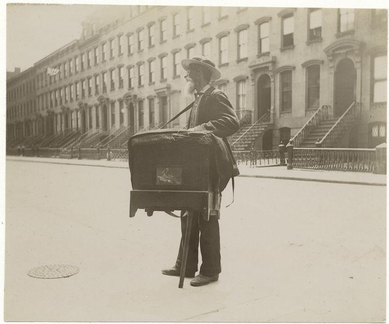 Organ grinder. (1896) 3