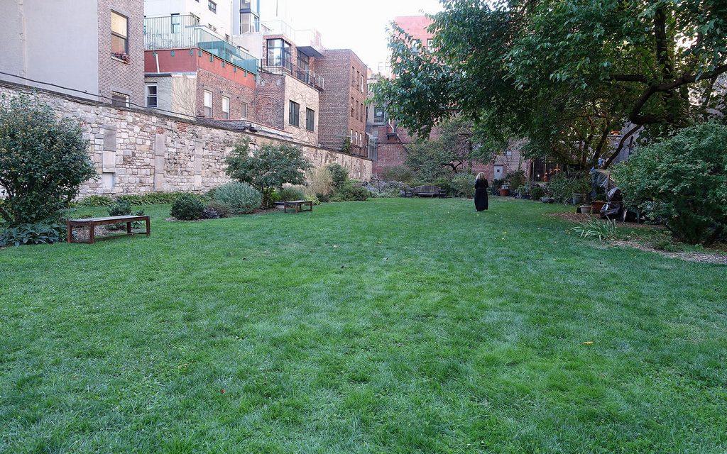 Подземные кладбища Нью-Йорка