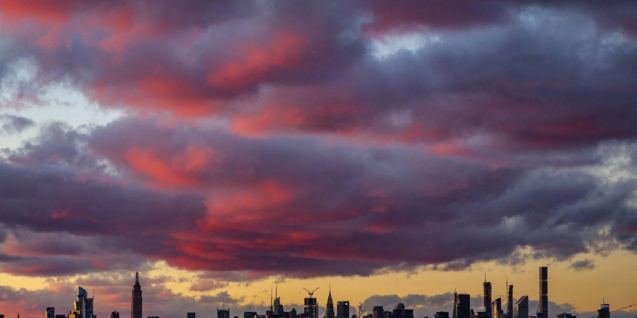 Небо над Манхэттеном.