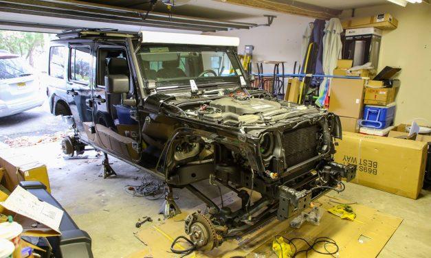 Может показаться, что кто-то угнал и разобрал Jeep Wrangler, но это всего лишь мы начали строить оч