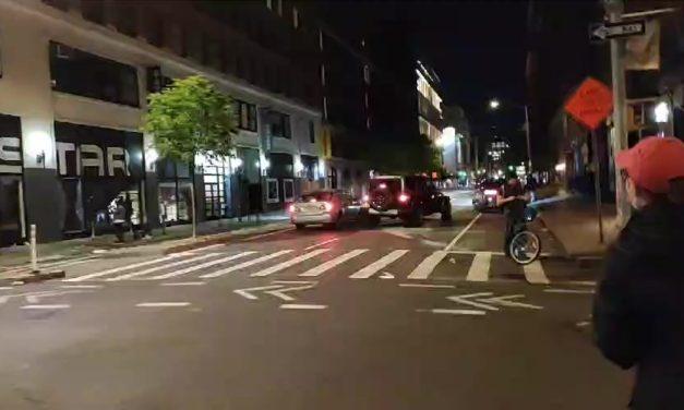 Беспорядки в Нью-Йорке. Все становится хуже.