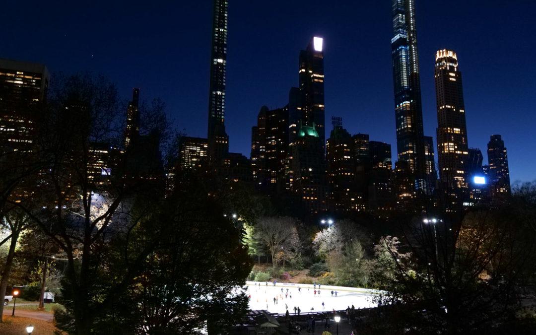 Когда пошел днем гулять с детьми в Центральный парк, но пока искал парковку уже стемнело.